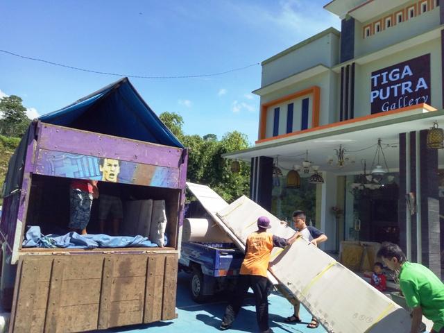 Pengiriman dan Pemasangan Ke Seluruh Wilayah Indonesia