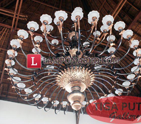 lampu masjid klasik